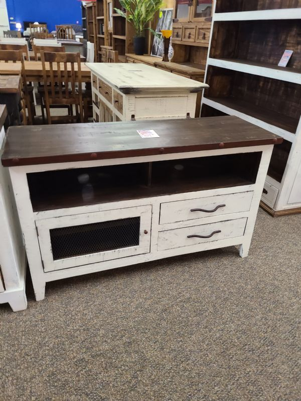 Rustic Small Ontario TV Stand