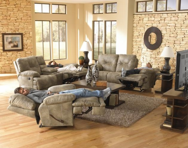 Catnapper Voyager Triple Reclining Sofa/Love